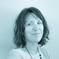 Estelle Dequivre - Chargée d'affaires - Chargé de projet site web CMS